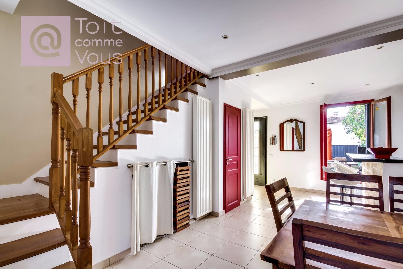 Vente maison montreuil avec l 39 agence toit comme vous immobilier - Maison rouen jardin des plantes montreuil ...
